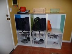 Home Organisation Tips for once your kids are at school - Home, Garden & Renovating - Essential Baby School Bag Organization, Home Organisation Tips, School Bag Storage, Entryway Organization, Household Organization, Organization Ideas, Toy Room Storage, Kids Storage, Locker Storage