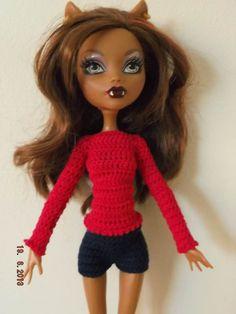 conjunto 2 piezas de crochet jersey y shorts. Hecho a mano.    También vendo las dos piezas por separado si lo prefiere el cliente.