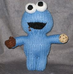 Cookie Monster Knit Pattern (free)