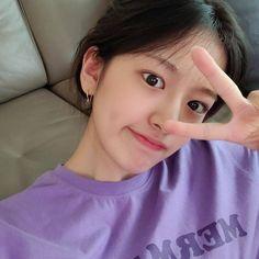 Forever Girl, My Forever, Kpop Girl Groups, Kpop Girls, Secret Song, Eyes On Me, Pretty Korean Girls, Boy Idols, Yu Jin