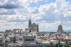#Madrid y sus cielos.Photo by @manuelrevilla57