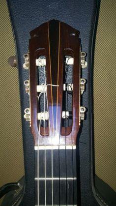 YAMAHA-GC7-Classical-guitar-1970-72