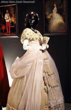 Dress worn by Empress Elisabeth of Austria, late 1800s. Sissi Museum, Hofburg Palace, Vienna.