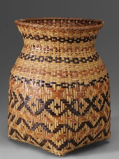 A beautiful Cherokee River cane basket, North Carolina, mid-20th century - it's so pretty