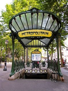 Abbesses (Paris Métro)  Abbesses (French pronunciation: [abɛs], literally Abbesses) is a station on Paris Métro Line 12, in the Montmartre district and the 18th arrondissement