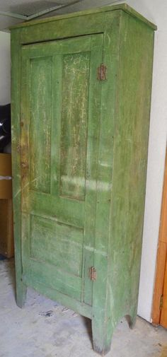 Early American Primitive Antique 1800's Green Paint Cabinet Columbia KY Kentucky