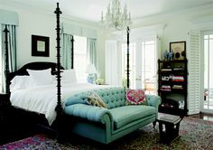 Gorgeous George Smith Chesterfield--what a comfortable, timeless, elegant bedroom! Love this sofa!!