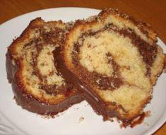 Κέικ με σοκολάτα, κομματάκια σοκολάτας και γλάσο μερέντας French Toast, Easy Meals, Breakfast, Recipes, Cakes, Dessert, Beautiful, Cake, Recipe
