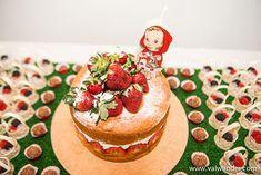 bolo morango com vela personalizada