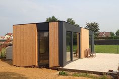 Building A Container Home, Container Buildings, Container Architecture, Backyard Guest Houses, Backyard Pavilion, Small Villa, Small Tiny House, Tiny House Community, Casas Containers