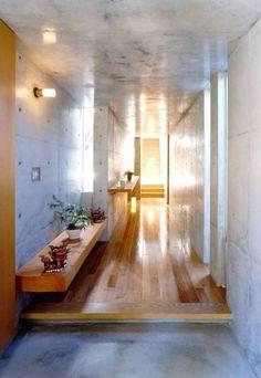 七郷の家: FrameWork設計事務所が手掛けた玄関-廊下-階段.modern玄関/廊下/階段です。