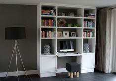 Computerkast in wit lakwerk - Matim Haard en Interieur
