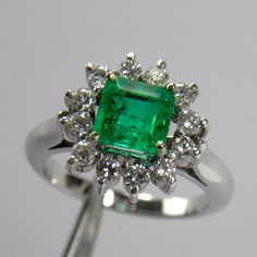 1.72 Carats Natural AAAA   Fine Colombian Emerald Diamond Cocktail Ring 18K Gold