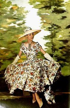 L'Art et la Mode, 1956  www.whitesrose.etsy.com Go here for your Dream Wedding Dress & Fashion Gown! We MAKE CUSTOM dress for more than 10 Years!