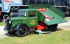 Bedford Side-Tipping Truck