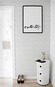 Trendy wallpaper - WANT the Kartell storage unit! Hallway Inspiration, Interior Inspiration, Trendy Wallpaper, Wall Wallpaper, Blog Wallpaper, Geometric Wallpaper, Hallway Decorating, Interior Decorating, Scandinavian Interior