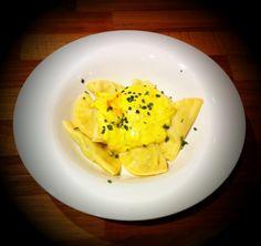 750 grammes vous propose cette recette de cuisine : Ravioles aux asperges et ricotta. Recette notée 3.7/5 par 6 votants