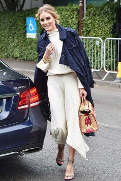Though we might not be able to make it to Wimbledon, the celebrity style is giving us major inspo for all the parties and weddings happening this summer. We are loving the way Olivia Palermo accents this Topshop co-ord with the straw bag.