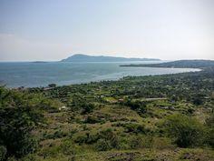 Mfangano Island from unnamed peak near Mbita Homa Bay Kenya [4128x3096] [OC] http://ift.tt/29e4xfK