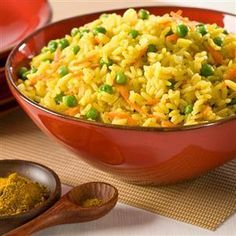 List of delicious rice recipes for any occasion. There are millions of recipes that include rice whether they call for white rice, brown rice, or long grain. Rice Recipes Vegan, Pea Recipes, Whole Food Recipes, Salad Recipes, Vegetarian Recipes, Dinner Recipes, Rice Dishes, Tasty Dishes, One Pot Rice Meals