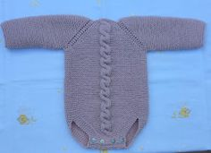 Baby Boy Knitting Patterns, Knitting For Kids, Hand Knitting, Baby Romper Pattern Free, Editor Of Vogue, Diy Crafts Knitting, Vogue Knitting, How To Purl Knit, Body