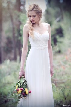 anna campbell 2015 bridal dresse cap sleeves v neckline beaded embellished bodice pretty wedding dress with silk tulle skirt sierra