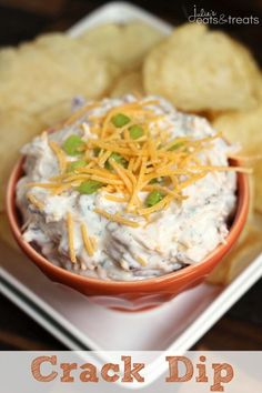 Crack Dip ~ Super Simple Chip Dip Loaded with Cheese, Bacon, Ranch and Sour Cream! You can substitute the sour cream with of plain Greek Yogurt Appetizer Dips, Yummy Appetizers, Appetizer Recipes, Snack Recipes, Cooking Recipes, Snacks, Pretzel Dip Recipes, Chip Dip Recipes, Cream Recipes
