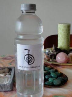 El agua Reiki energética es agua cargada con energía REIKI lo que la convierte en un potente medicamento: agua medicinal, medicina preventiva.