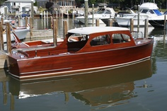 A nice sedan cruiser. Wooden Speed Boats, Wooden Boats, Torch Lake, Duck Boat, Chris Craft, Old Boats, State Of Michigan, Fun Shots, Power Boats