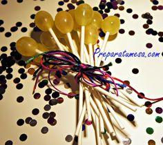 presentacion+uvas+nochevieja+chupachups.jpg 600×536 píxeles
