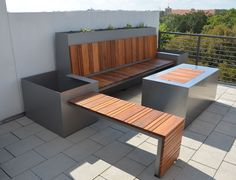 Fire pit can be covered to become a coffee table. Outdoor Seating Area And Custom Fire Pit Fire Pit Furniture, Outdoor Furniture Sets, Outdoor Decor, Furniture Ideas, Fire Pit Seating, Outdoor Seating Areas, Modern Landscape Design, Modern Landscaping, Modern Patio