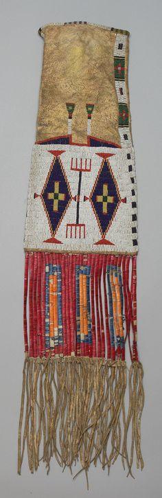 Buffalo Bill Center of the West Native American Regalia, Native American Artifacts, Native American Beadwork, American Indians, Powwow Beadwork, Native Beadwork, Native Indian, Native Art, Plains Indians