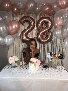 Birthday Goals, 28th Birthday, Gold Birthday Party, Surprise Birthday, Cake Birthday, Birthday Surprises, Teen Birthday, Sixteenth Birthday, Birthday Week