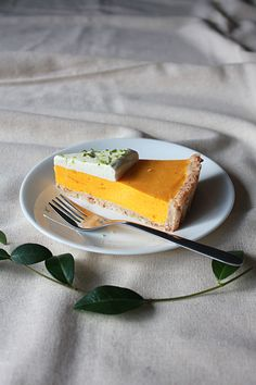 Mango lime cream tart with coconut crust