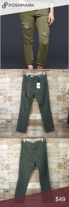 """Gap army green distressed """"girlfriend"""" Jean Still has tags, super chic you can will up the bottoms or leave them straight inseam is 27"""" offers always welcome, bundle 2 or more items in my closet and receive 15% off  GAP Jeans"""