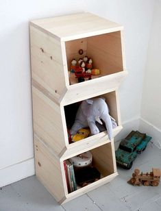 Easy Woodworking Projects - DIY Wooden Toy Bins - Cool DIY Wood Projects for Beginners - Easy Project Ideas and Plans for Homemade Gifts and Decor Easy Woodworking Projects, Diy Wood Projects, Woodworking For Kids, Popular Woodworking, Woodworking Videos, Teds Woodworking, Toy Bins, Diy Holz, Storage Bins