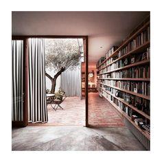 Courtyard Residence in Benimaclet ➕Gradolí & Sanz Architects 📷 Mariela Apollonio