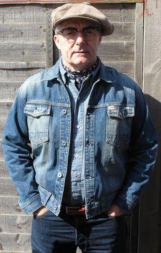 Bates-cap-Rising-Sun-Co-bandana-Blood-Glitter-Blue-Collar-Workers-shirt-Carhartt-jeans.jpg (560×880)