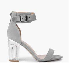 Sandales à talon carré en perspex