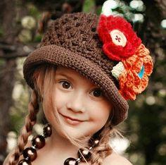 Crochet Fashion Hat for Girls, Crochet Flower Hat for Girls Crochet Flower Hat, Crochet Kids Hats, Flower Hats, Knit Or Crochet, Crochet Crafts, Knitted Hats, Yarn Projects, Crochet Projects, Mode Crochet