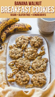 These Banana Oatmeal Breakfast Cookies are easy to make, tasty, and perfect for breakfast on-the-go! These vegan cookies are full of fiber, complex carbs, and healthy fats to keep you full until lunch. Gluten Free Recipes, Gourmet Recipes, Dessert Recipes, Baking Recipes, Oatmeal Breakfast Cookies, Healthy Oatmeal Raisin Cookies, Banana Oatmeal Cookies, Oatmeal Recipes, Snacks Saludables