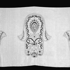 Bellydance silk veil hand painted by Les Soies de Mini Fee.  Tattoo Fatma collection #960  Voile de danse en soie peint à la main, Collection Tatoo, Fatma #960 par Les Soies de Mini Fée.