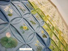 봄.들판 (여의주문보) 린넨..면사.150x97cmm2015년 여해자作 149...이 아그들을 만나느라 길고긴 날을 보냈... Cathedral Windows, Quilts, Blanket, Tableware, Home Decor, Dinnerware, Decoration Home, Room Decor, Quilt Sets