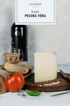"""Der Pecorino """"Pecora Vera"""" aus der Toskana wird ausschließlich aus reiner Schafsmilch der Region und nach alten Verarbeitungstechniken hergestellt. Dairy, Cheese, Food, Tuscany, Sheep, Meal, Essen, Hoods, Meals"""