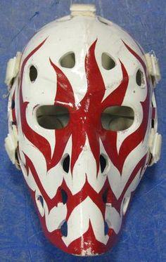 Goalie mask Bruins Hockey, Hockey Goalie, Hockey Teams, Montreal Canadiens, Hockey Helmet, Goalie Mask, Masked Man, Masks Art, National Hockey League