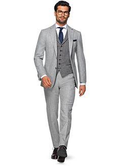 HAVANA LIGHT GREY PLAIN $499 USD http://us.suitsupply.com/en/suits/havana-light-grey-plain/P4731I.html