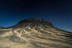 Egypt: Black Desert