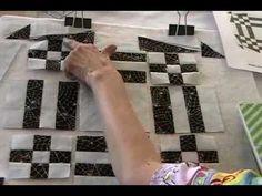 ▶ Spiders Den Quilt Block - YouTube