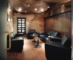 10 fascinating smoking rooms images smokehouse smoking room rh pinterest com