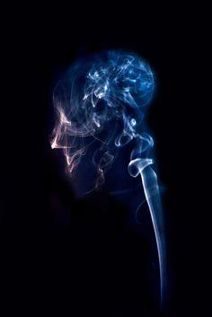 La Cabeza echando humo